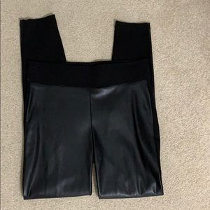 LOFT legging with faux leather front!!  Size S